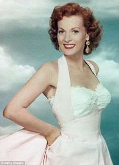 Spectacular Irish home Maureen O'Hara sold just weeks before she died