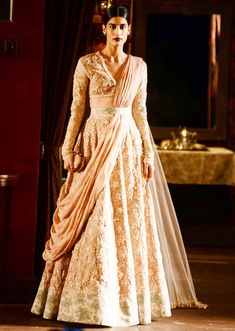 Indian Bridal Wedding Lehengas & Gowns 2015-2016 | BestStylo.com