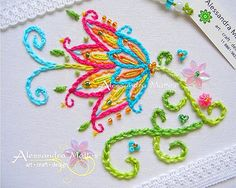 beautiful floral embroidery. Galeria de Bordados ♥ « Delicale