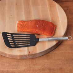 Shop CHEFS Nylon Fish Turner at CHEFS.