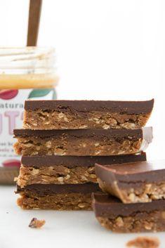 Simple comme des barres choco-amandes Biscuits, Sans Gluten Sans Lactose, Biscuit Cookies, Krispie Treats, Comme, Simple, Desserts, Food, Parchment Paper Baking
