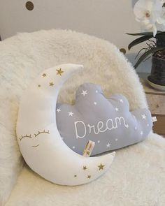 Contact Find inspiration to create a room with cloud decoration with the latest interior design tren Cloud Bedroom, Baby Bedroom, Baby Boy Rooms, Kids Bedroom, Cute Pillows, Baby Pillows, Kids Pillows, Diy Baby Gifts, Best Baby Shower Gifts