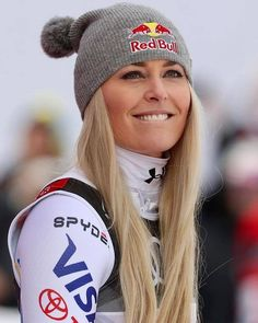 Lindsey Vonn Updates ( No words needed. 🥉❤️ Swipe left for more impressions from today's unforgettable day! Alpine Skiing, Snow Skiing, Ski Ski, Lindsey Vonn Skiing, Ski Racing, Ski Season, Sports Figures, Ski And Snowboard, Winter Olympics