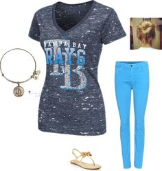 Love this Rays game date look with a messy sock bun, Alex and Ani Tampa Bay Rays bracelet, Rays top, and colored jeans...you can't go wrong!