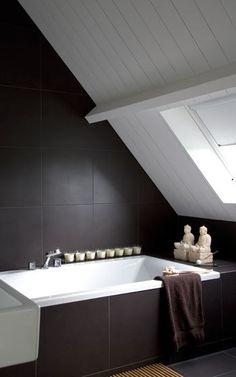 Dark tiles (walls and floor) white vanity and fittings Brown Bathroom, Attic Bathroom, Bathroom Toilets, Laundry In Bathroom, Bathroom Interior, Sweet Home Design, Relaxing Bathroom, Interior Design Advice, Attic Spaces