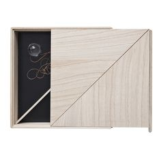 Use a box to keep track of all your keys Secret Box, The Secret, By Lassen, House Doctor, My Room, Door Handles, Interior Ideas, Design, Keys