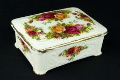 Royal Albert Old Country Roses Cigarette Box 1962-73 1st Quality