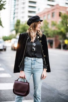 How to style a baker boy hat with high waisted denim