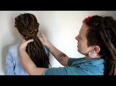 10 Super Beautiful Ways to Style Dreadlocks Dreadlock Styles, Dreads Styles, Hair Styles, Dread Braids, Cool Braids, Fishtail Braids, Braided Hairstyles Tutorials, Dreadlock Hairstyles, Synthetic Dreads