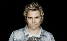 """MIKE TRAMP udsender mandag  d. 28. marts """"Stand Your Ground"""", hans bedste og mest helstøbte rockalbum siden  90'erne. Det sker med det gedig..."""