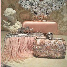 Romantic Shabby & Vintage so elegant, where shall we go tonight? Vintage Clutch, Vintage Purses, Vintage Bags, Vintage Handbags, Pink Love, Pretty In Pink, Clutch Bag Pattern, Everything Pink, Rilakkuma