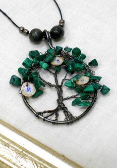 Weiteres - Familien-Stammbaum Anhänger Edelsteine Lebensbaum - ein Designerstück von Heikes-Lebenskunst bei DaWanda