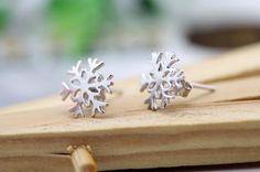 Snowflake Shaped Silver Metal Earrings