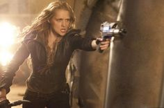 Teresa Palmer as Six in _I Am Number Four_.