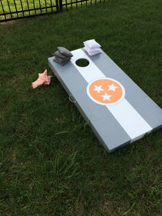 Tennessee cornhole boards Cornhole Decals, Cornhole Boards, Outdoor Games, Outdoor Fun, Painted Corn Hole Boards, Outside Patio, Diy Games, Do It Yourself Projects, Star Designs