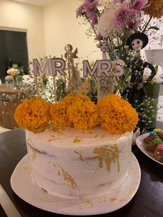 #wedding #cake and #diadelosmuertos #celebration Celebrations, Wedding Cakes, Photo And Video, Instagram, Food, Wedding Gown Cakes, Wedding Pie Table, Wedding Cake, Cake Wedding