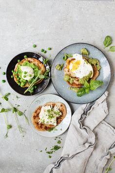 Våriga smaker Avocado Egg, Avocado Toast, Vegetarian, Lunch, Fresh, Dishes, Breakfast, Food, Morning Coffee