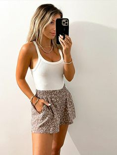 Fresh Outfits, Warm Outfits, Summer Fashion Outfits, Summer Outfits Women, Cute Casual Outfits, Spring Outfits, Typical White Girl, White Girls, Backless Playsuit