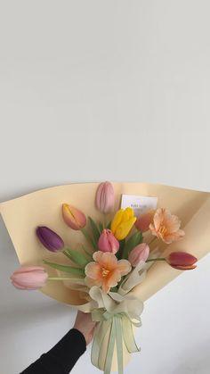 My Flower, Flower Art, Flower Power, Beautiful Flowers, Red Rose Bouquet, Flower Aesthetic, Flower Backgrounds, Red Roses, Black Roses