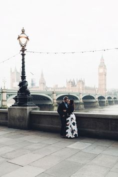 London Sunrise Engagement Shoot   Photography by Miss Gen