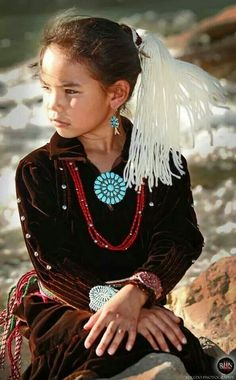 Native American Children, Native American Wisdom, Native American Clothing, Native American Photos, American Indian Art, Native American History, American Indians, Navajo Clothing, Native Child