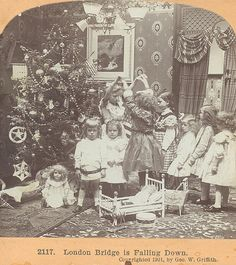 If you love this era there is so many interesting details to check out in this photo. London bridge is falling down 1901 Vintage Christmas Photos, Vintage Children Photos, Xmas Photos, Vintage Holiday, Christmas Pictures, Vintage Pictures, Old Pictures, Old Photos, Ghost Of Christmas Past