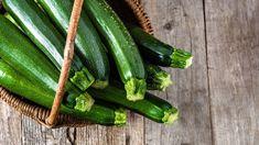 Zucchini Health Benefits, High Potassium Foods, Sauce A La Creme, Maharishi Ayurveda, Squash Plant, Green Zucchini, Easy Vegetables To Grow, Veggies, Diets