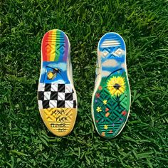 I rock I roll I bloom I grow . killed it with these custom Erik X x … I rock I roll I bloom I grow . killed it with these custom Erik X x Converse… Continue Reading → Painted Vans, Painted Shoes, Golf Shoes, Vans Shoes, Tn Nike, Painted Clothes, Shoe Art, Custom Shoes, Ballerinas