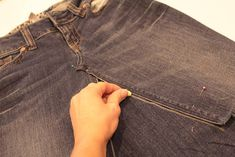 Have you every wanted a jean skirt but couldn't find one? Or, do you have a pair of jeans you love but the pant legs or hem is worn out? Refaçonner Jean, Jean Diy, Sewing Jeans, Sewing Clothes, Long Skirt Outfits, Modest Outfits, Jeans Outfit Summer, Summer Outfits, Denim Pencil Skirt