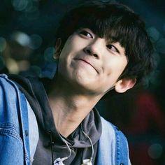 ( 찬열 - 214 score )🥇Chanyeol won gold medal so proud of you , congrats bby ! Baekhyun Chanyeol, Luhan And Kris, Exo 12, Kim Minseok, Xiuchen, Wattpad, Exo Members, Chanbaek, Chansoo