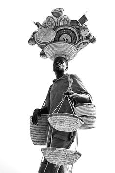 Africa: Beach Vendor in Lagos, Nigeria Out Of Africa, West Africa, We Are The World, People Of The World, Les Seychelles, Nigeria Travel, Afrique Art, Folk, No Bad Days