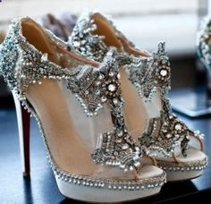 I have to find these shoes!!