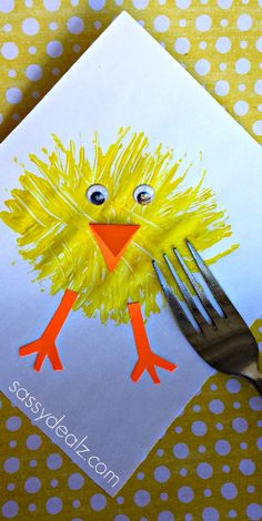 Make a Chick Craft Using a Fork and paint! Great Easter craft for kids | CraftyMorning.com