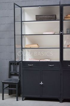 Apothekerskast Ferro 4-7021   1-1512-032   Old BASICS Ladder Bookcase, Bookshelves, Shelving, Metal, Home Decor, Shelves, Bookcases, Decoration Home, Room Decor