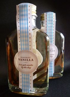 vanilla syrup - great homemade gift idea - add to coffee or flavored coffee creamers, tea, ice cream, cake and frostings...