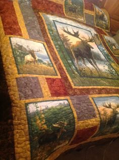 267 best images about Quilts Wildlife Moose Quilt, Camo Quilt, Quilt Block Patterns, Quilt Blocks, Quilting Projects, Quilting Designs, Sewing Projects, Fabric Panel Quilts, Fabric Panels