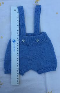 Blog Abuela Encarna: 2018 Knitting For Kids, Baby Knitting Patterns, Crochet Baby, Knit Crochet, Knitted Baby Clothes, Baby Crafts, Crochet Fashion, Onesies, Couture