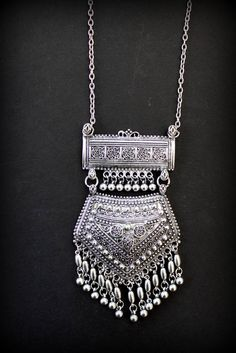 Rajasthani style Ethnic necklace Silver plated replica Big dangling pendant necklace Tribal statement jewelry by Inali Silver Jewellery Indian, Tribal Jewelry, Silver Jewelry, Silver Ring, Jewelry Box, Diamond Jewelry, Jewlery, Jewelry Making, Sterling Jewelry
