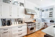 Need a fresh look in the kitchen without breaking the bank.....new kitchen cabinet hardware can be jus the trick!