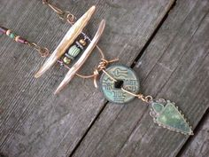IChing amulet necklace por maggiezees en Etsy, $95.00
