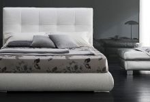 White-gray badroom