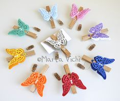 Butterfly Decorations, Make Your Own, How To Make, Big Shot, Wooden Beads, Quilling, Crochet Earrings, Favors, Scrapbook