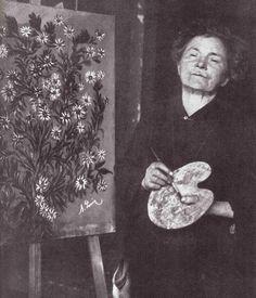 Séraphine Louis (1864-1942) artiste peintre née à Senlis, connue en tant que Séraphine de Senlis > http://fr.wikipedia.org/wiki/S%C3%A9raphine_Louis