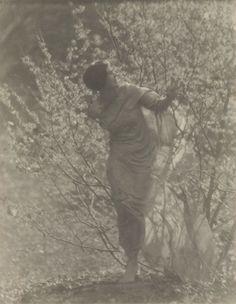 Untitledby Clarence White, c. 1917