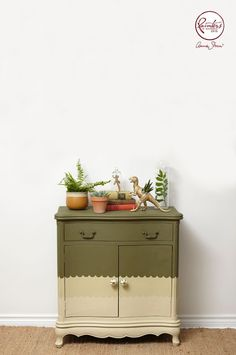 Jelena chose to work with traditional and sophisticated palette of Olive, Versailles and Country Grey. She created a gradient colour effect by applying the darkest colour – Olive – to the top section of the cabinet, working down to Versailles, and then Country Grey. To add a modern touch she used scallop shaped masking tape to create an interesting border.