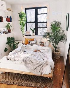 small bedroom design , small bedroom design ideas , minimalist bedroom design for small rooms , how to design a small bedroom Bedroom Decor For Couples Small, Small Space Bedroom, Small Room Decor, Decor Room, Bedroom Ideas For Small Rooms Cozy, Small Bedroom Inspiration, Small Bedroom Layouts, Very Small Bedroom, Space Saving Bedroom