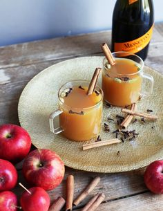 Apple Cider Chai....3 ounces apple cider, 1 chai teabag, 3 ounces Mionetto Prosecco (chilled),   cinnamon stick (to garnish).... Heat apple cider to simmer and let chai teabag steep according to package directions. Let spiced tea cool in fridge until chilled. Combine cider and Mionetto Prosecco. Garnish with cinnamon stick. #Mionetto #Prosecco #Cocktails #fall