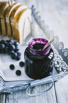 Romanian Food, Chutney, Chocolate Fondue, Wine Recipes, Jelly, Panna Cotta, Beverages, Cherry, Food And Drink