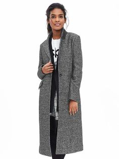"Banana Republic Our season right long tweed coat features a felt melton for extra style when the collar is turned up. Notch lapel. One button closure. Long sleeves. Front flap pockets. Body length: Petite: 39 1/2""; Regular: 45 1/2""."