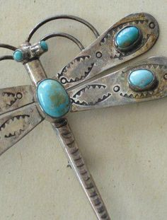 Vintage Silver Turquoise Dragonfly Brooch or Pin from Bills Trading Post in Berkeley, Ca. Dragonfly Jewelry, Insect Jewelry, Dragonfly Art, Dragonfly Pendant, Animal Jewelry, Turquoise Jewelry, Silver Jewelry, Vintage Jewelry, Silver Ring